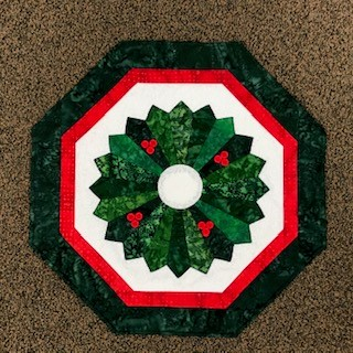 Holiday Dresden Wreath